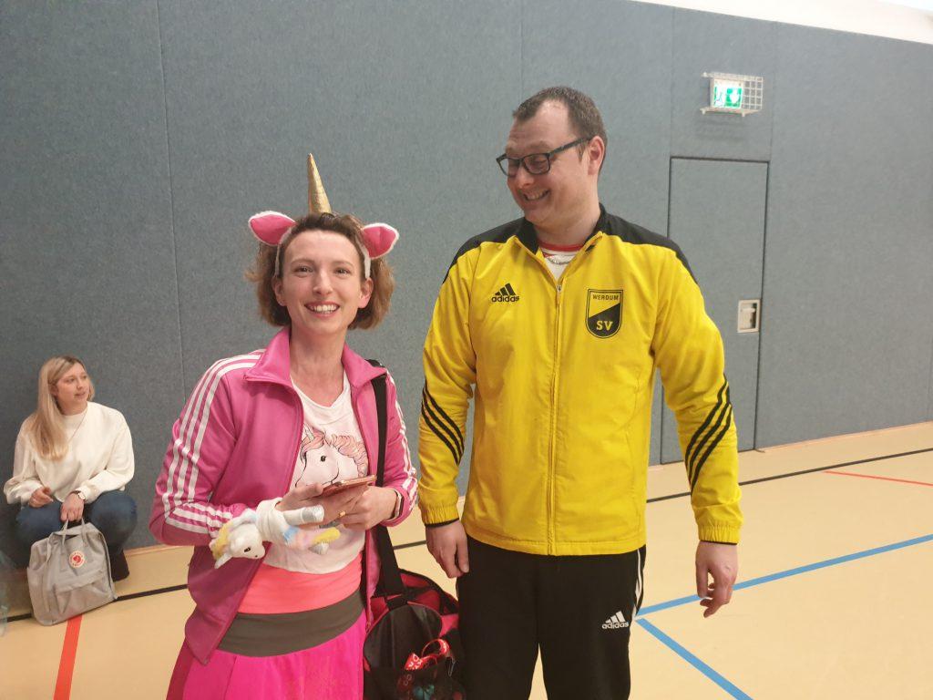 Kati Sandmann und Mattias Brückner beim Karneval in der Sporthalle