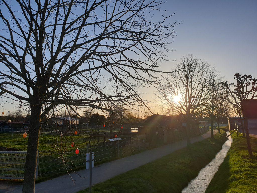 Strahlender Sonnenaufgang am 23. März 2020