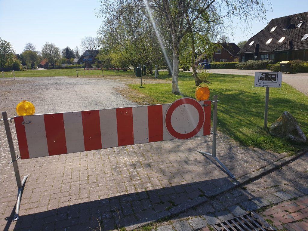 Hier geht nichts, auch der Wohnmobilstellplatz in Werdum ist gesperrt