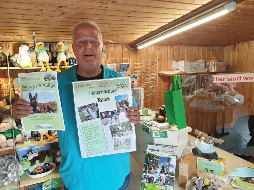 Rainer Vollenbruch wirbt für die Haustierpark-Rallye