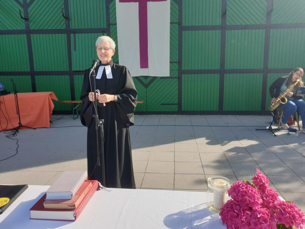 Pastorin Rosemarie Giese freute sich über den Zuspruch und hielt den Gottesdienst
