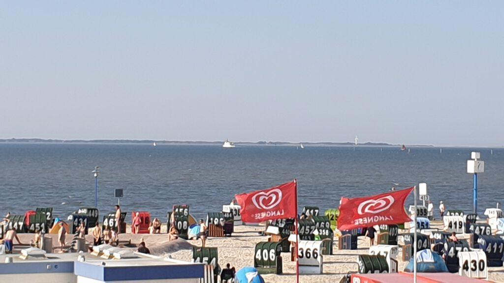 Blick über den Strand nach Spiekeroog