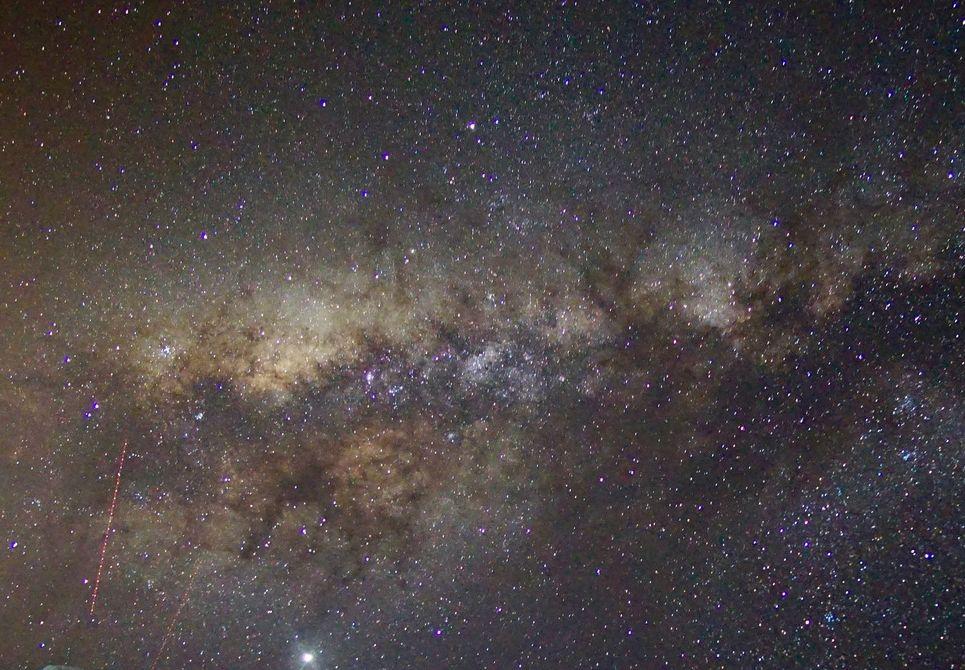 unzählige Sterne sind am Himmel zu beobachten