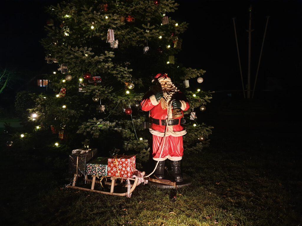 Der Weihnachtsmann passt auf