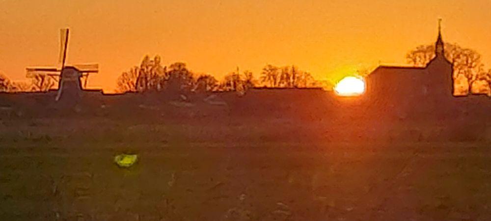 Sonnenuntergang am 18. November