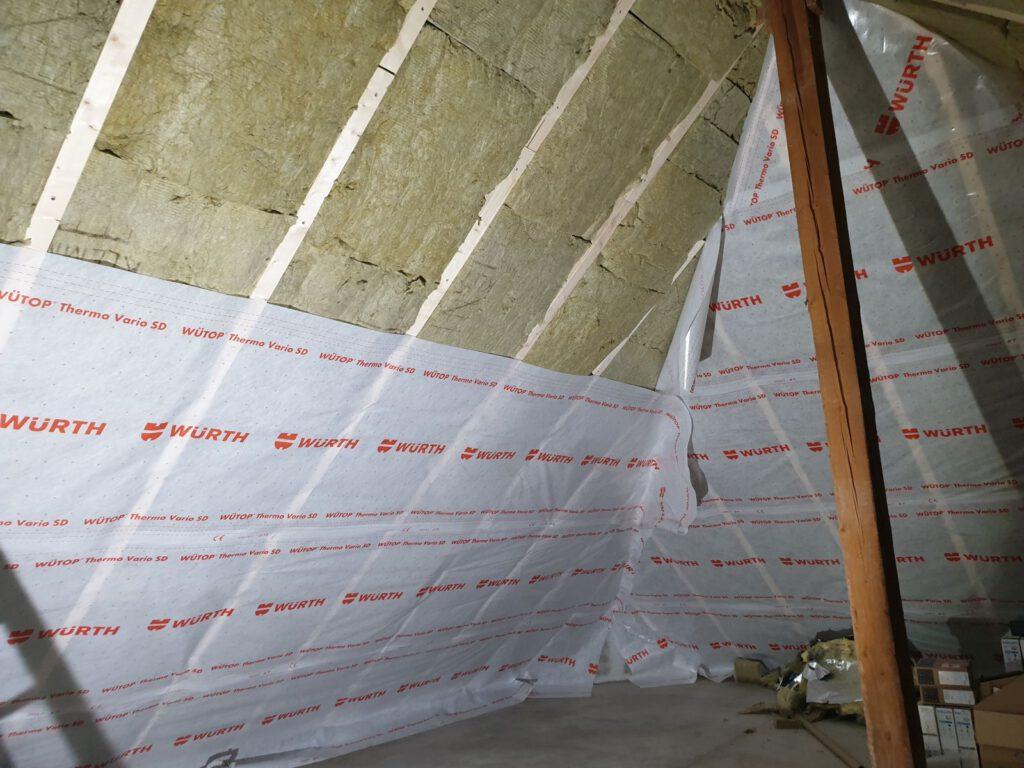 Der Dachboden ist fast fertig isoliert