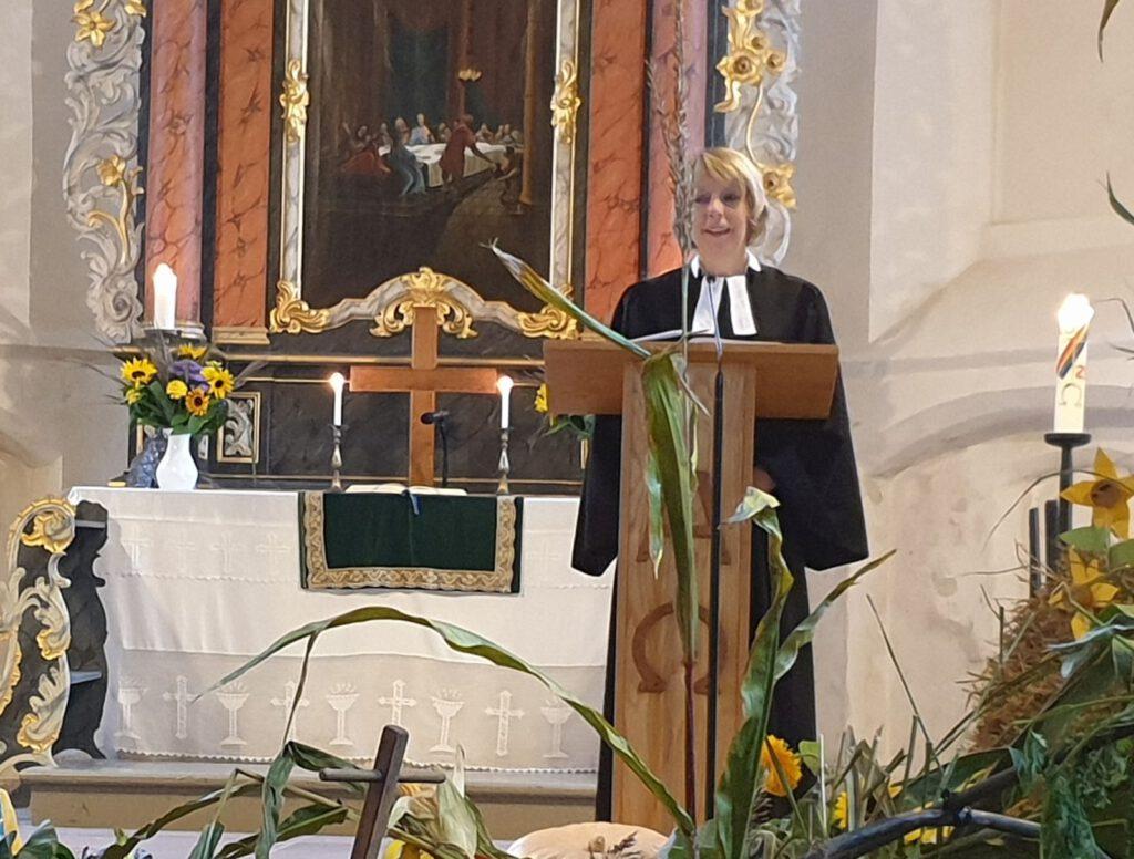 Pastorin Dr. Annerose De Cruyenaere  predigte zum Erntedank-Gottesdienst